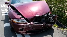 車が暴走して止まらない…事故の被害を最小限に食い止めるためには