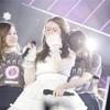 乃木坂46キャプテン桜井玲香、涙の卒業 OG若月佑美とのハグに歓声の嵐