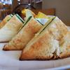 【樫の木】デニッシュ食パンみやび+フルーツいっぱい+ドリンク=500円ですと・・・!!??【飲食店<八戸ノ里>】