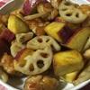 スーパーのお惣菜を参考にサツマイモと鶏肉とレンコンの甘辛炒め