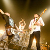 UNISON SQUARE GARDEN とは? 音楽性と機材(ギター・ベース・エフェクターなど)を紹介!!|ライブ映像・天国と地獄