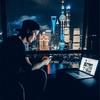 Kygo(カイゴ) 上海のホテルでインスタを見ながら