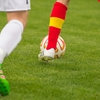 サッカーをしている人におすすめ。シュートやドリブルに必要な下半身の瞬発力をサポート。長時間のプレイやトレーニングに適度な加圧で筋肉の疲労を軽減・回復するスポーツインナーFIXFIT。