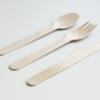 スプーンや箸の握り方