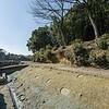 古墳をめぐる水面をわたるのは死者か生者か。古墳の濠にかかる橋の跡発見?【大阪・堺】