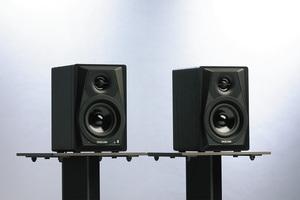 TASCAM VL-S3BT 〜ペア10万円以下!サイズで比べるビギナー向けモニター・スピーカー