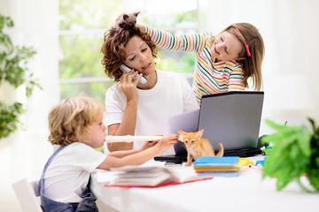 リモートワークと育児の両立は可能か。2歳児と過ごした1.5カ月