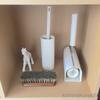 お掃除用具を並べて収納する