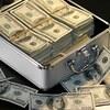 メルカリ ヤフオクで稼ぐには資金が必要です。一ヶ月で100万円稼ぐなら?