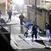 刃物で切られ男児重傷、警官が4発発砲し男逮捕