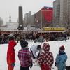 子どもの楽しめない雪祭り、大人も楽しめる人形劇