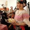 セルビア料理と民族舞踊でイースターを祝う会