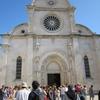 クロアチアにある世界遺産の石造りの大聖堂