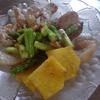 幸運な病のレシピ( 2118 )夜:コテージパイ風グラタン、豚バラブロックパイン漬け込み、、レバーしぐれに、汁
