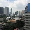 タイのバンコク1人旅【第6話】Tinderで出会った巨乳OLとスタバでお茶を飲む。