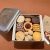 2021年のお菓子はじめは『メゾンドロースノア』のオリジナルクッキー缶。今年もたくさん食べられますように。