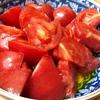 塩とオリーブオイルをかけただけ!絶品冷やしトマト!