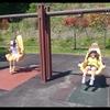 保育園の親子遠足・バスに乗って公園へ