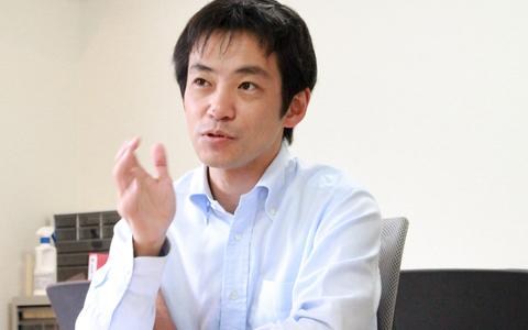 朝のワイドショー「スッキリ!!」コメンテーターの坂口孝則さんに聞く、「会議でのコメント力」を磨く方法
