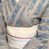 【着物コーディネート帖】竺仙の松煙染めゆかたに、博多織の小袋帯で美術館へ。