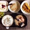 さばの水煮、ごぼうの甘辛揚げ、小粒納豆、バナナヨーグルト。
