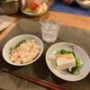 カニカマの炊き込みごはん、菜花と湯豆腐、トマトときゅうり、サバの塩焼き