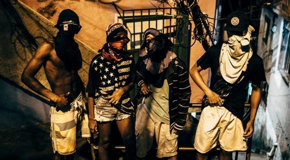 リオデジャネイロのスラム街を10年間撮り続けた写真家・伊藤大輔さんに聞いた「命を支えたメシの話」