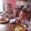 ネパール・チトワンホームステイ 1日8食生活!?