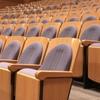 劇場や映画館における「間引き」についての私見