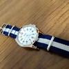 チープシチズン!夏に向けてホワイトダイヤルの時計がほしくなったので、「チープシチズン」を買ってみたよ!1000円とは思えないクオリティと、1000円だなぁと思うべたべたするベルト。このモデルはベルトの付け替え必須だと思った話。