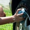 手洗い洗車のコツとは?中古車査定士が愛車をピカピカにする方法を伝授