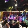 同性愛者たちによる盛大な宴マルディ・グラ・パレード