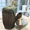 エケベリア植込用の六陵鸞鳳柱鉢の造形。