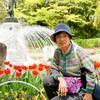 背景は岐阜公園の噴水