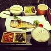 「孤独のグルメ」における井之頭五郎さんの食事マナーについて重箱の隅を突っついてみた