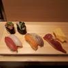 【寿司 魚がし日本一】阪神のスナックパークで握りたて寿司がリーズナブルに。ビールや日本酒もあり。