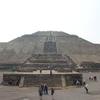 タコス、トイレ、ピラミッド。 メキシコシティとテオティワカン遺跡