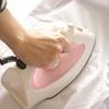 シンプルクローゼットの強い味方。衣類スチーマーで脱臭&除菌