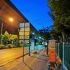 15分早くして、今朝から散歩開始は5時15分。タイの失業率10%近くになってるわ。