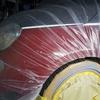 事前の見積り・予約で車に付けたまま、アバルト500のダイヤカット/切削光輝ホイールの縁石キズ修理のご注文です!