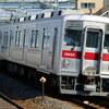 走り抜ける「昭和の鉄道」 北関東を走るステンレス車・東武10000系