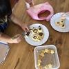 娘と一緒にお菓子作り