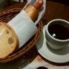 フォレスティコーヒー「モーニングセット(サルサドッグ)」「シナモントースト」