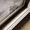 【掃除】掃き出し窓のサッシを掃除
