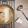 カレー鍋やフライパンのスポンジいらずの洗い方!出がらし麦茶パックで簡単?