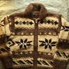 私の古着から『Kanata』の雪柄カウチンセーターをご紹介。見た目やタグの特徴・年代、着こなしなどを書きました