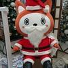クリスマスまであとわずかトイザらスにサンタクロース集う
