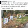 【ヒラリー最新ニュース】感謝祭の朝、サポーターの心温まるディスプレイに迎えられたとツィート【優しいご近所さん】