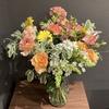 【花を飾る】#12 白のオーニソガラムにユーフォルビアの花束