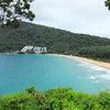 真っ白な砂浜と透き通る青い海!【ナイハーンビーチ(Naiharn Beach)】